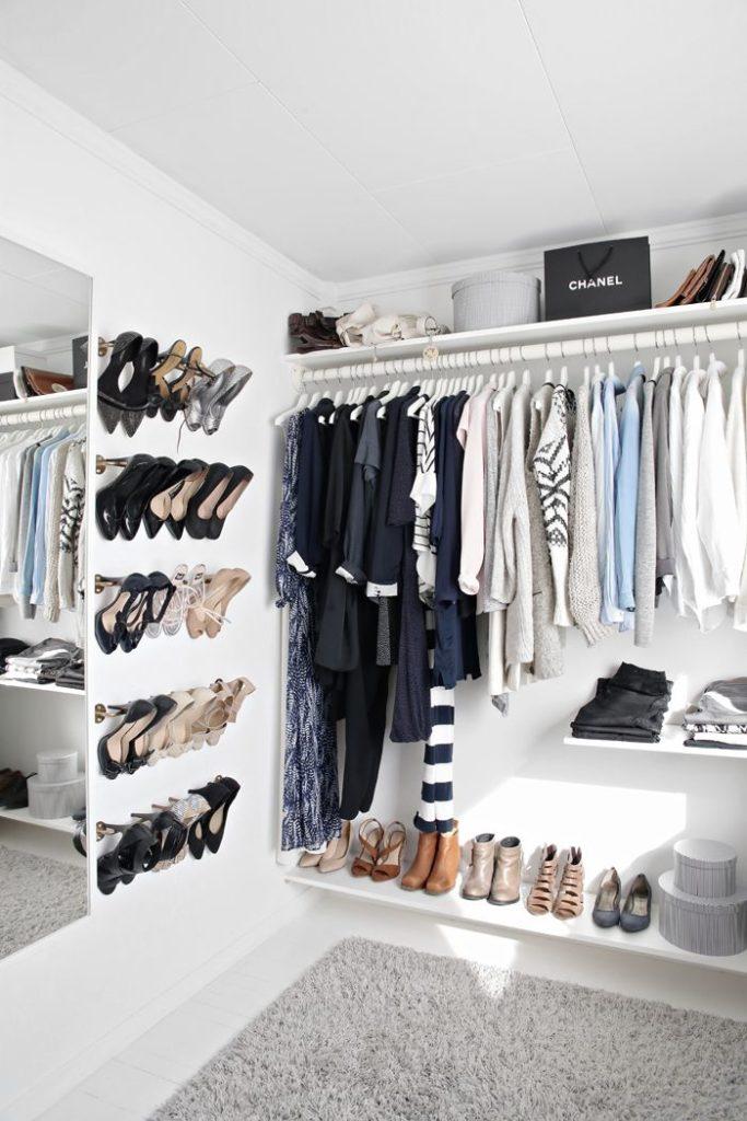 Home decor inspirations: walk-in closet