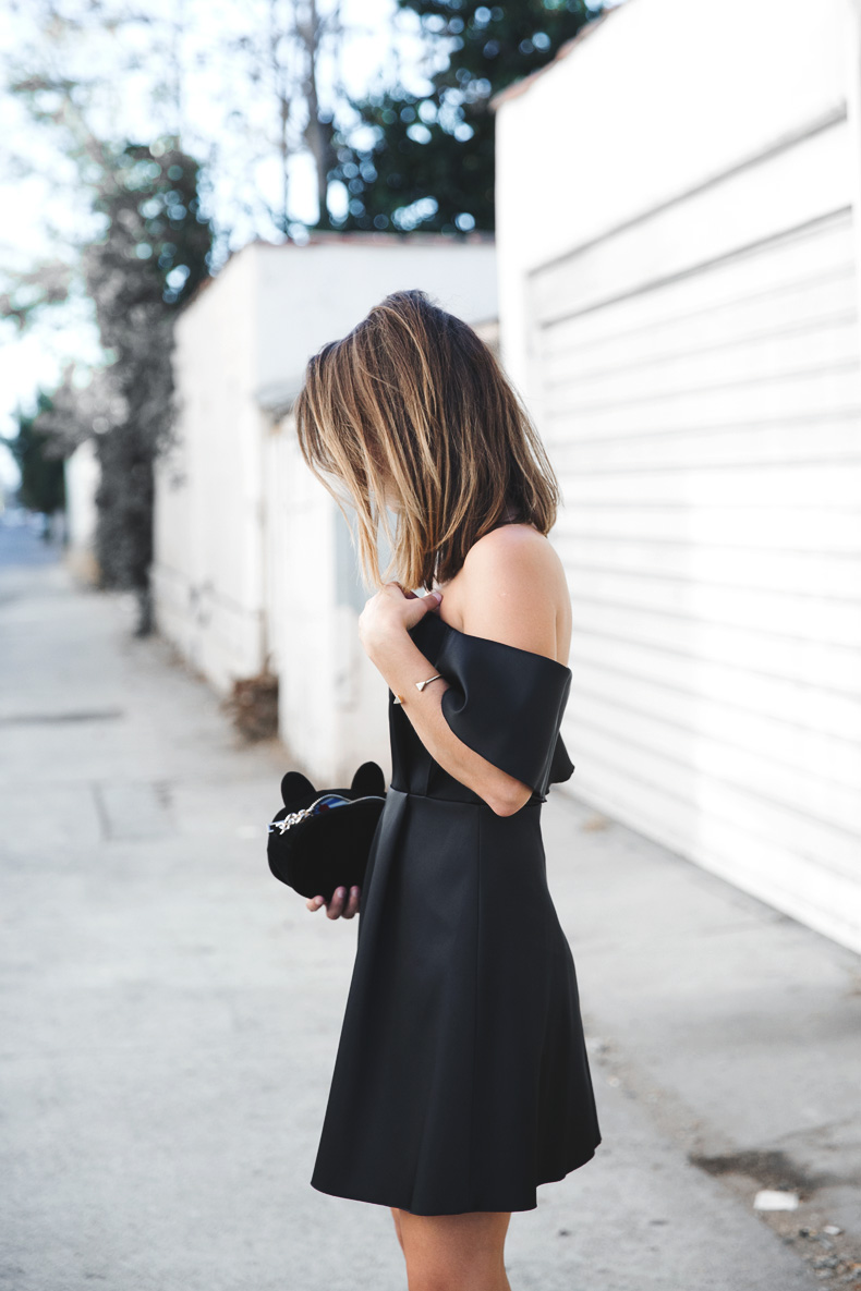 Sandro_Off_Shoulders_Dress-Night-Capsule_Collection-Outfit-Street_Style-LBD-Little_Black_Dress-6