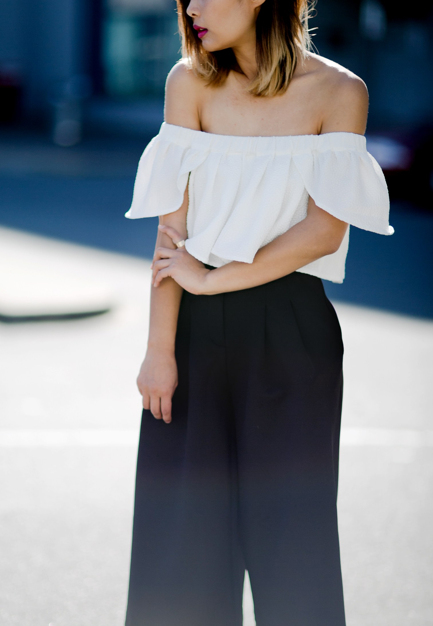 ps11-off-shoulder-top-culottes-slides-streetstyle-7-copy